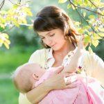 新生児用のエルゴベビー抱っこ紐は、いつから?使い方は?