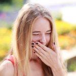 口内炎に塩を塗ると悪化する理由と、正しい塩の使い方と効果